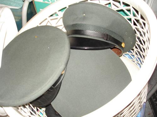 Deluxe-hats