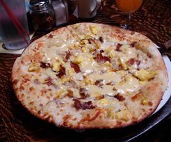 Breakfastpizza300-11-12